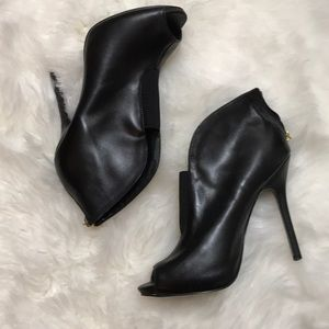Guess Gashleigh Leather Peep Toe Booties